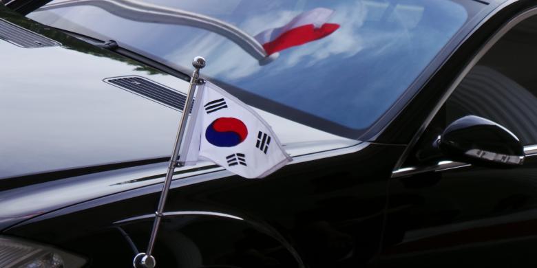 1007592-ilustrasi-bendera-korea-selatan-dan-bendera-indonesia-780x390