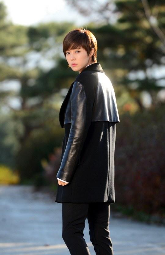 11-19-13_park_han_byul_3
